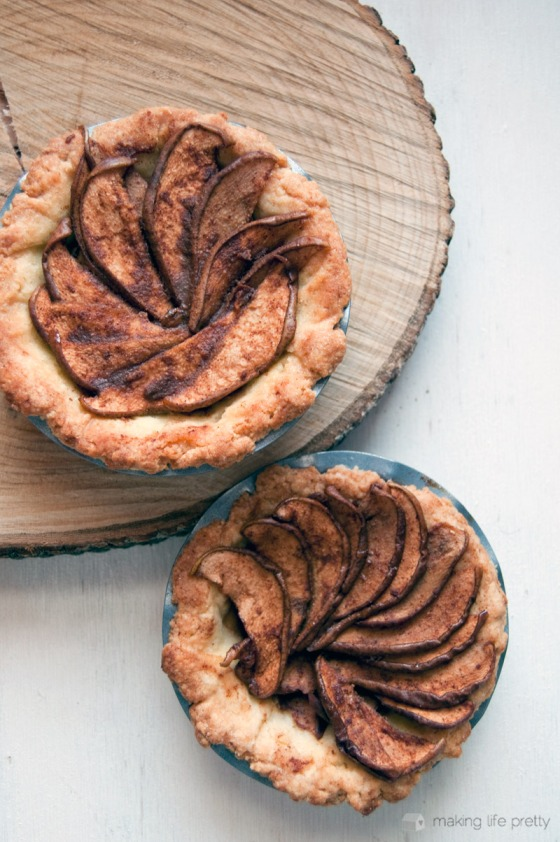 rustic-burbon-pear-tart